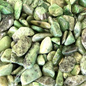 green garnet tumble